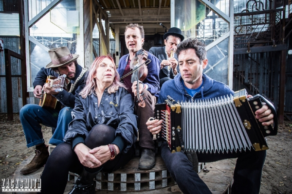 Lost Bayou Ramblers, Langhorn Slim, Rickie Lee Jones and Spider Stacy serenade the Music Box...
