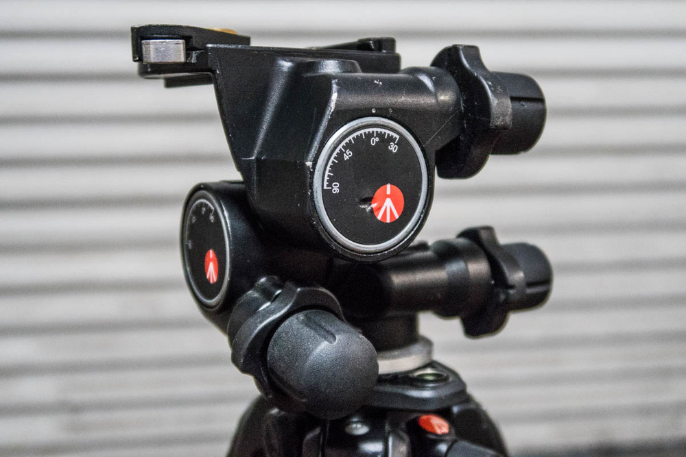 Manfrotto 410 Junior Gear Head. I used this for table top macro and my bayou scenes.